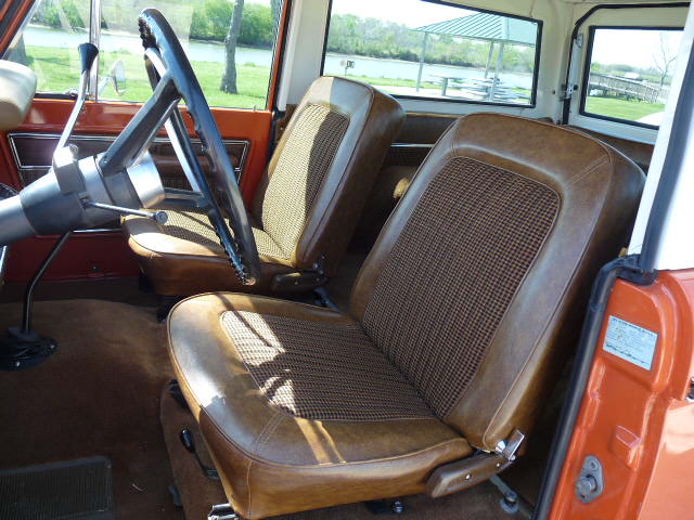 1974 FORD BRONCO REMOVABLE HARDTOP - Interior - 102074
