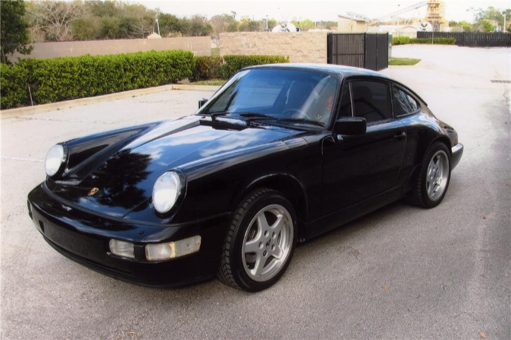 1989 PORSCHE 911 CARRERA 4 2 DOOR COUPE - Front 3/4 - 102078