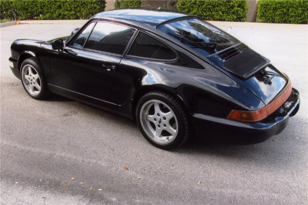 1989 PORSCHE 911 CARRERA 4 2 DOOR COUPE - Rear 3/4 - 102078