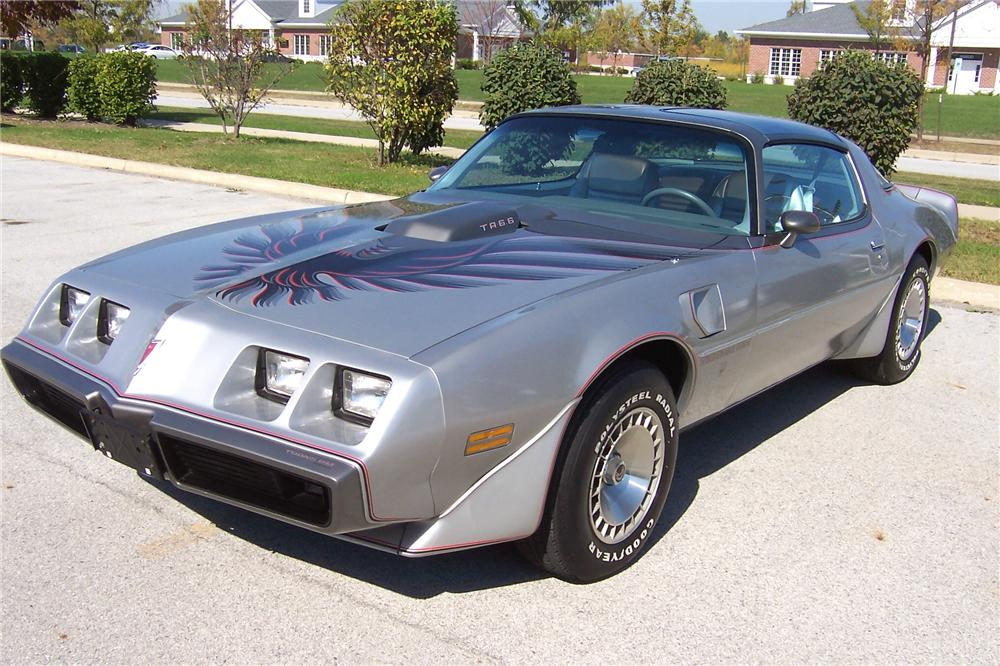 1979 PONTIAC TRANS AM 10TH ANNIVERSARY EDITION COUPE - Front 3/4 - 102083