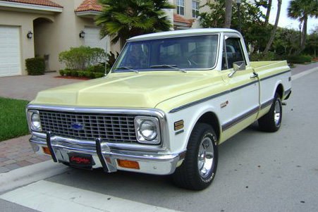1972 CHEVROLET C-10 1/2 TON SHORT BOX PICKUP - Front 3/4 - 102095