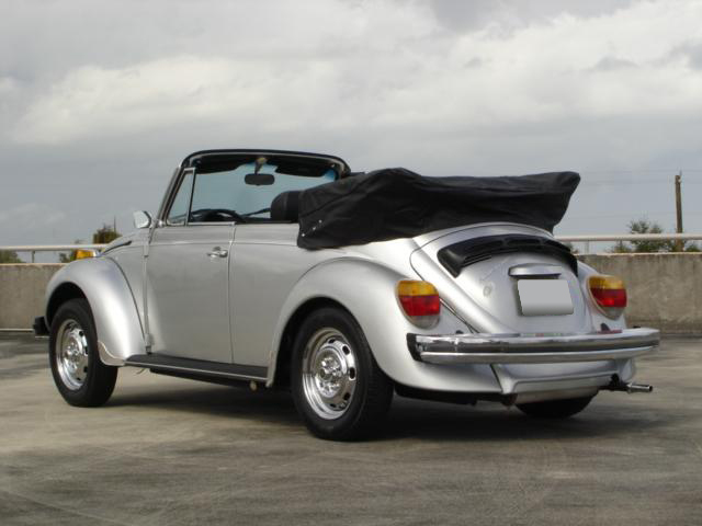 1979 VOLKSWAGEN SUPER BEETLE CONVERTIBLE - Rear 3/4 - 102102