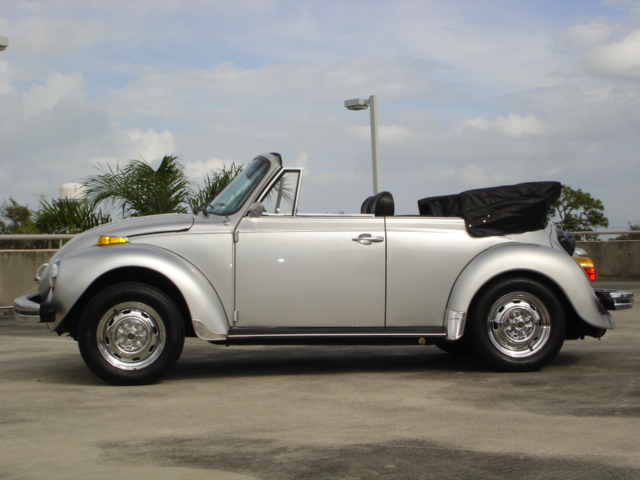 1979 VOLKSWAGEN SUPER BEETLE CONVERTIBLE - Side Profile - 102102