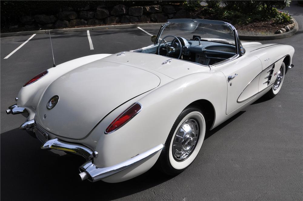 1959 CHEVROLET CORVETTE CONVERTIBLE - Rear 3/4 - 102110