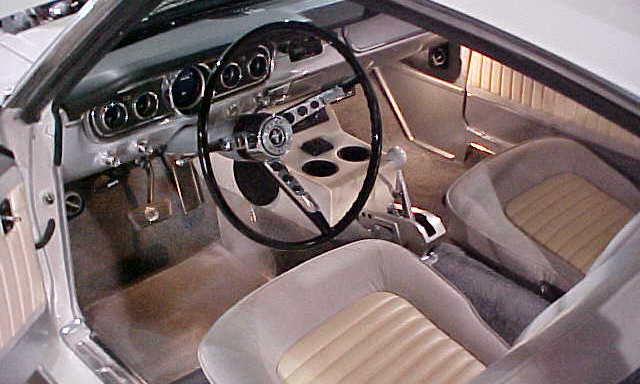 1965 FORD MUSTANG CUSTOM FASTBACK - Interior - 102112