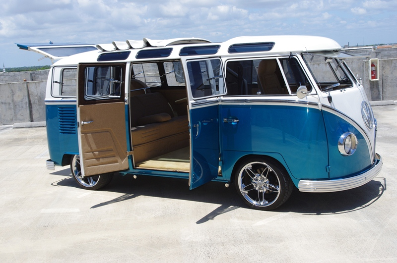 1967 Volkswagen 21 Window Bus 102114