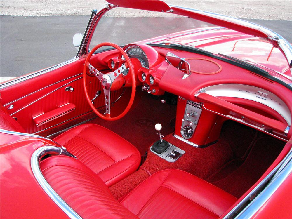 1962 CHEVROLET CORVETTE CONVERTIBLE - Interior - 102116