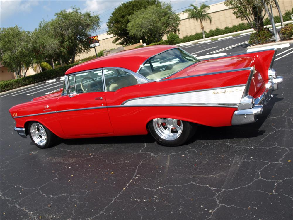 1957 CHEVROLET BEL AIR CUSTOM 2 DOOR COUPE - Side Profile - 102120