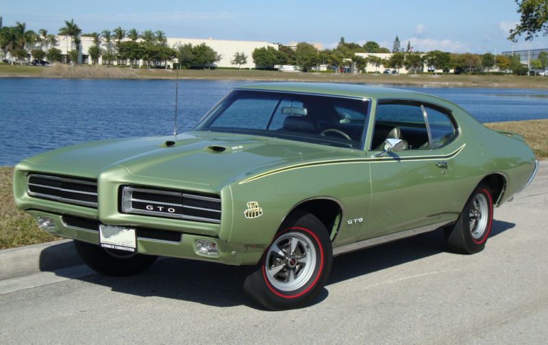 1969 PONTIAC GTO JUDGE 2 DOOR HARDTOP - Front 3/4 - 102124