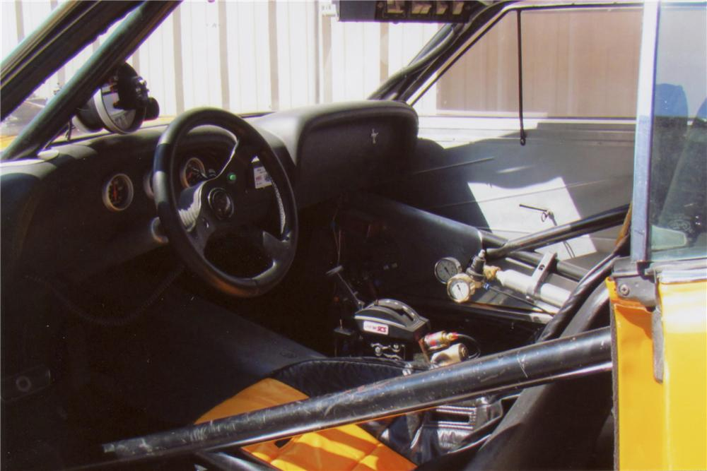 1970 FORD MUSTANG MACH 1 FASTBACK - Interior - 102134