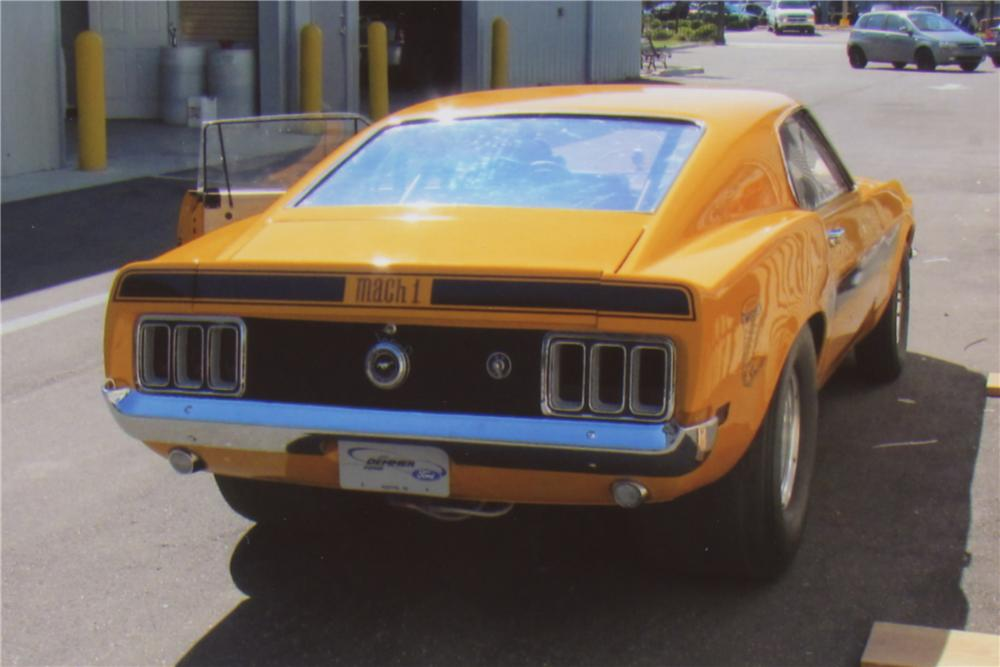 1970 FORD MUSTANG MACH 1 FASTBACK - Rear 3/4 - 102134