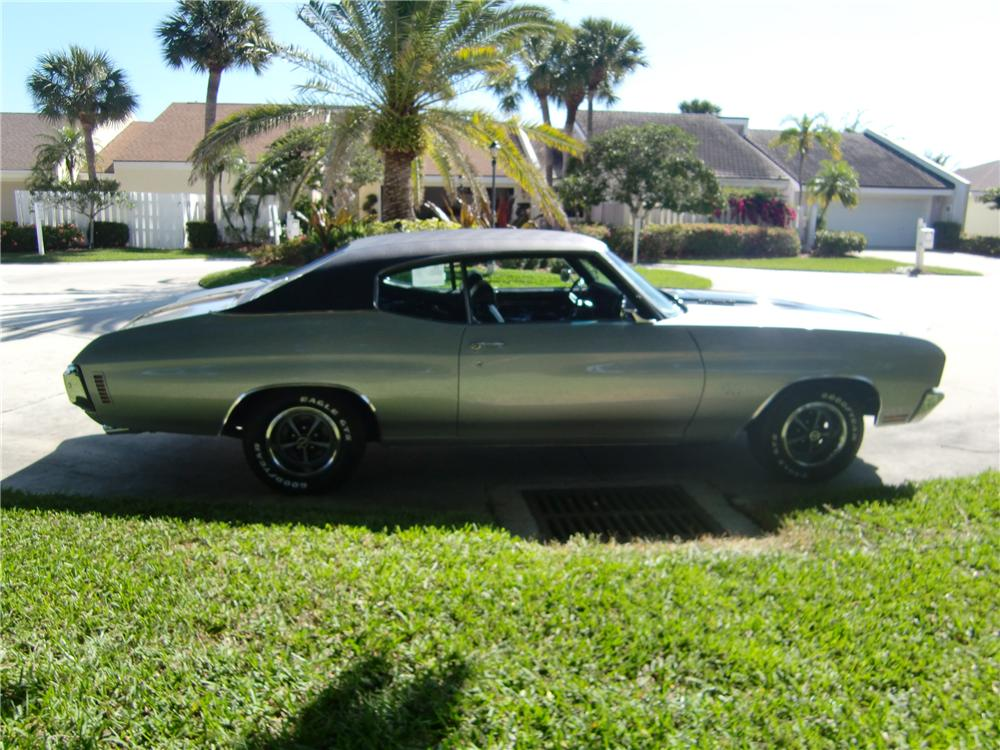 1970 CHEVROLET CHEVELLE SS 396 COUPE - Side Profile - 102262