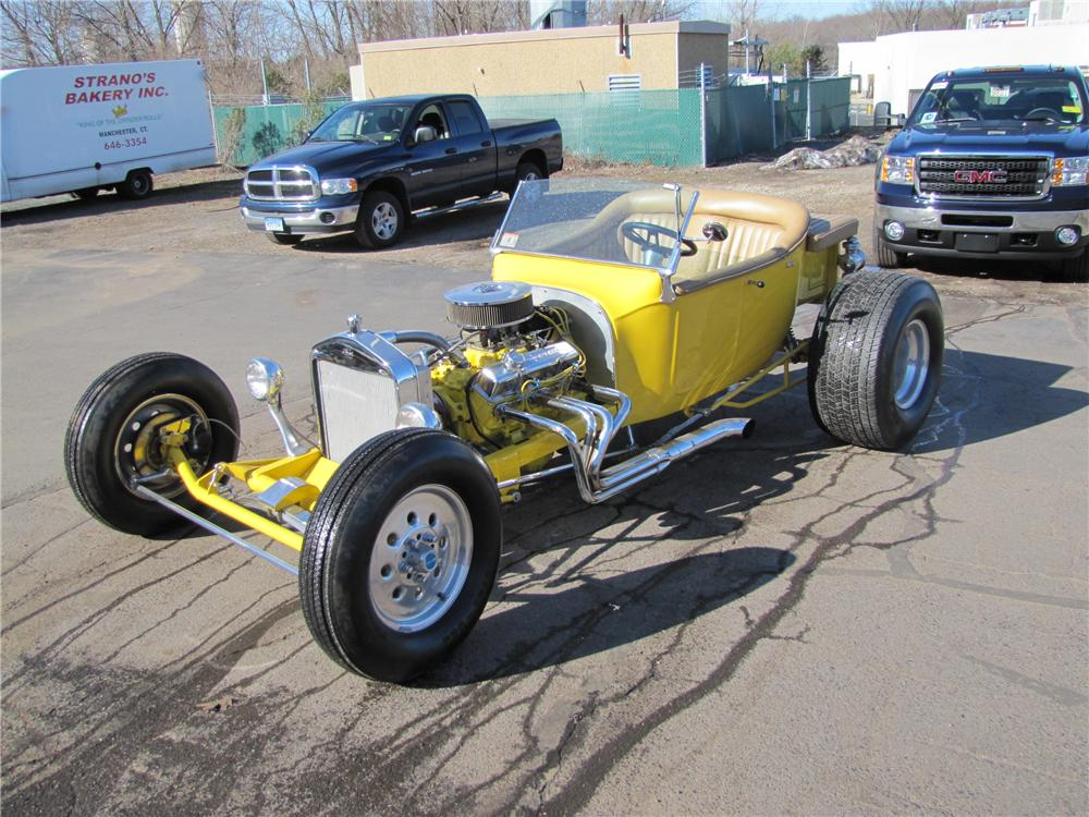 1923 FORD T-BUCKET CUSTOM ROADSTER - Front 3/4 - 102263