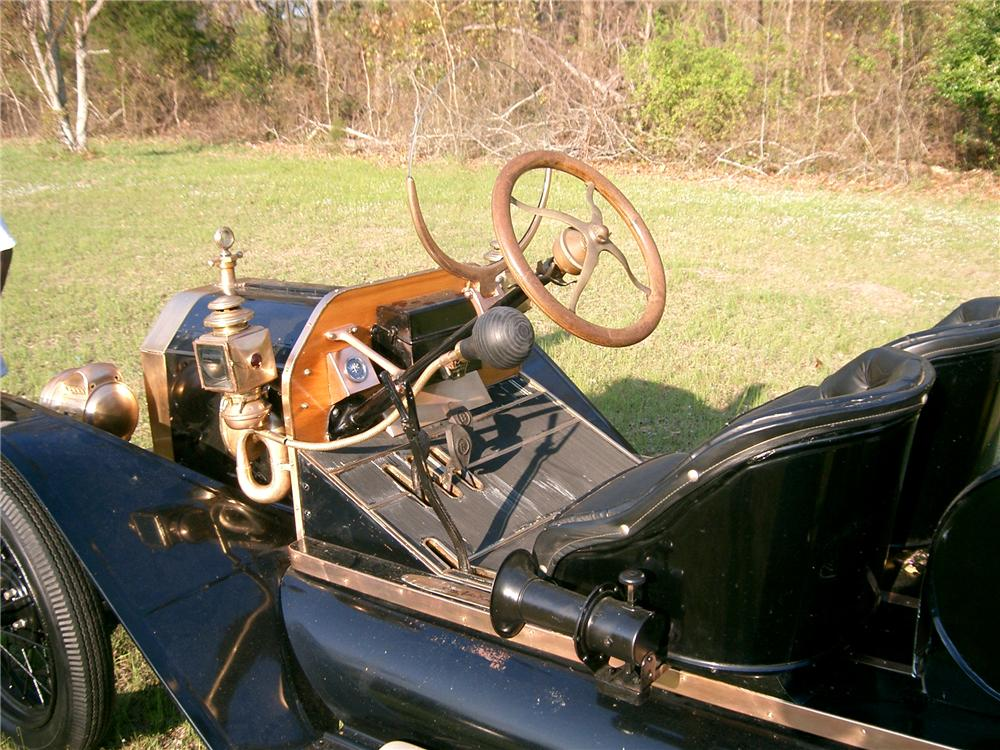 1914 FORD MODEL T SPEEDSTER - Interior - 102298