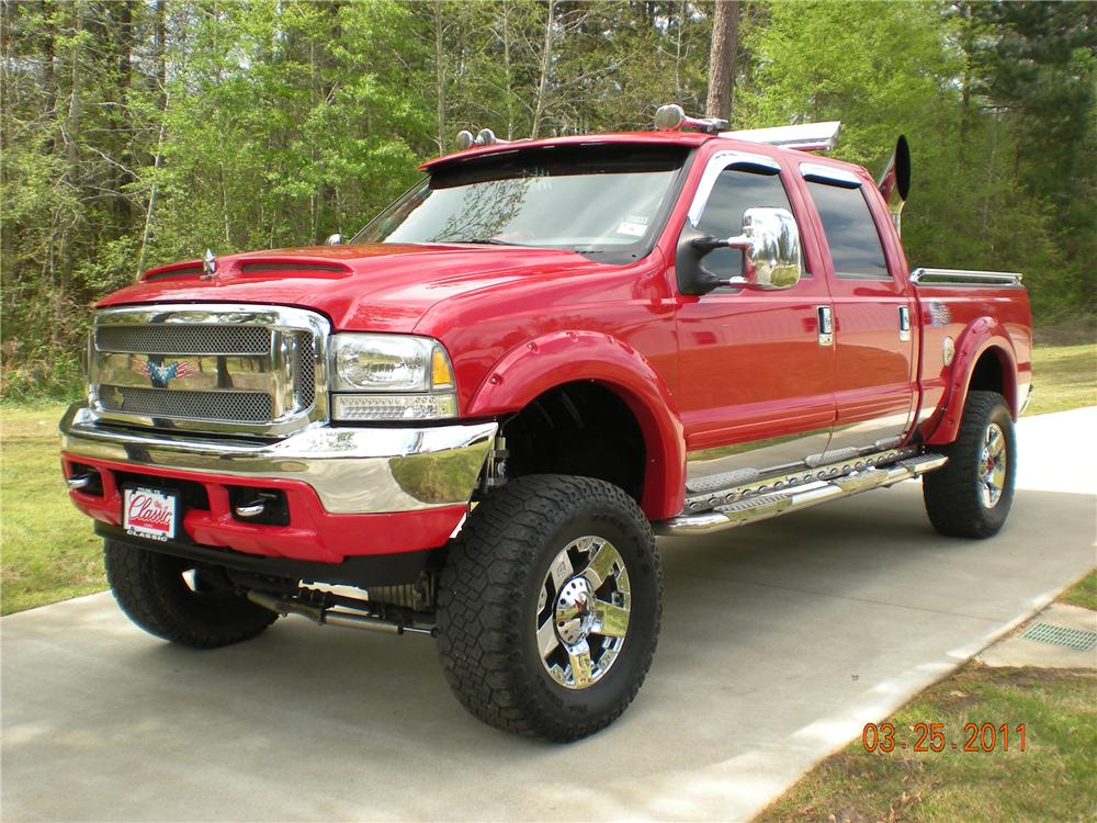 2003 FORD F-250 CUSTOM PICKUP - Front 3/4 - 102309