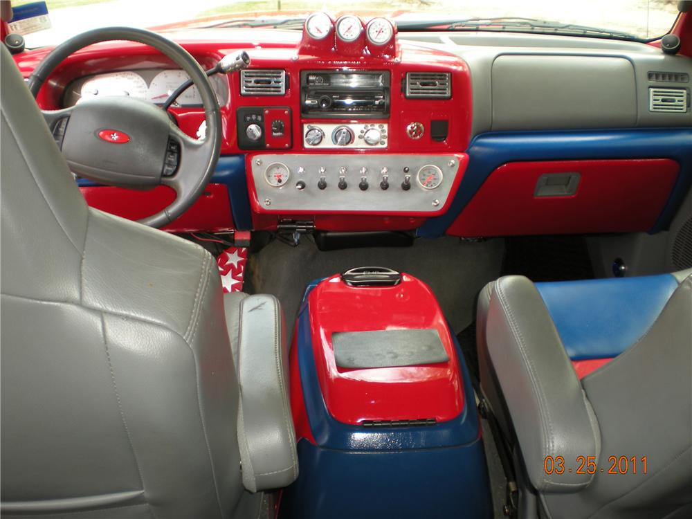 2003 FORD F-250 CUSTOM PICKUP - Interior - 102309