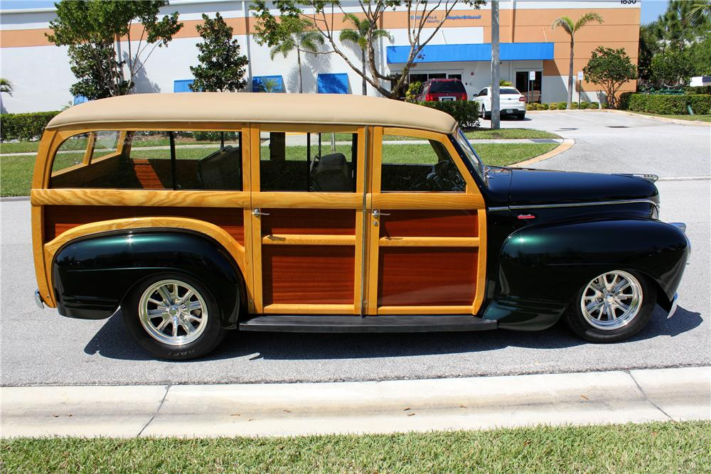 1941 PLYMOUTH CUSTOM WOODY STATION WAGON - Side Profile - 102312