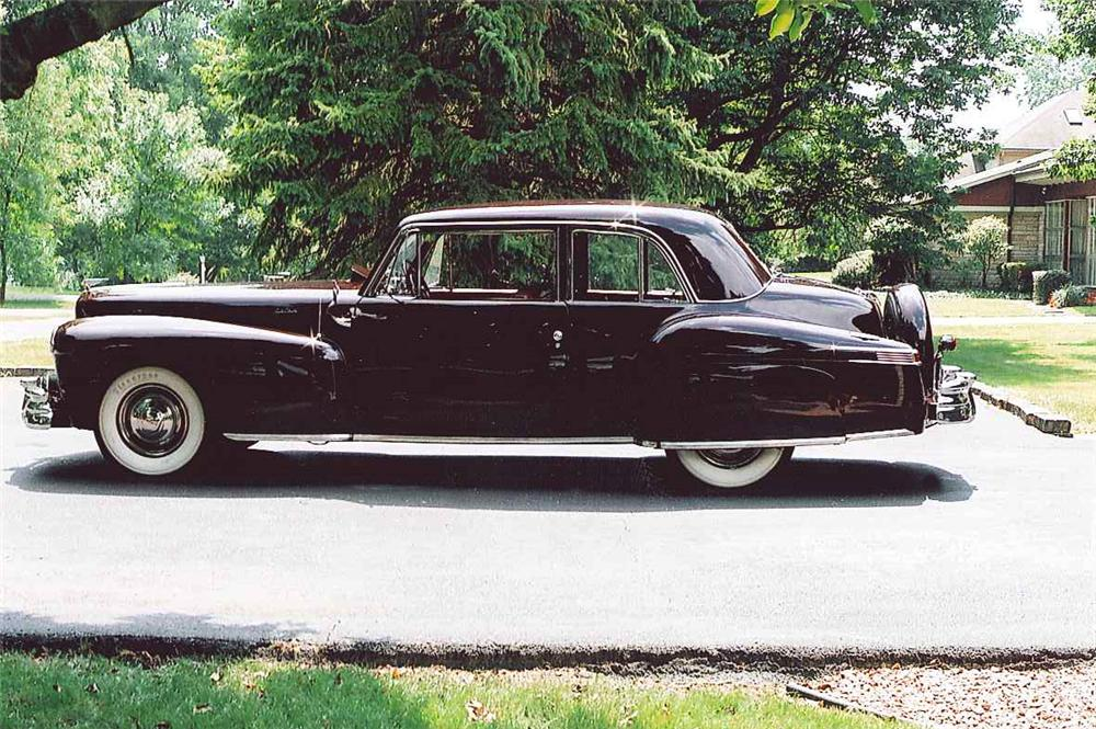 1946 LINCOLN CONTINENTAL COUPE - Front 3/4 - 102317