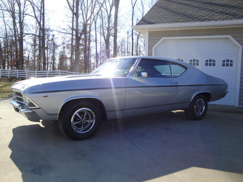 1969 CHEVROLET CHEVELLE SS 396 2 DOOR COUPE - Front 3/4 - 102533