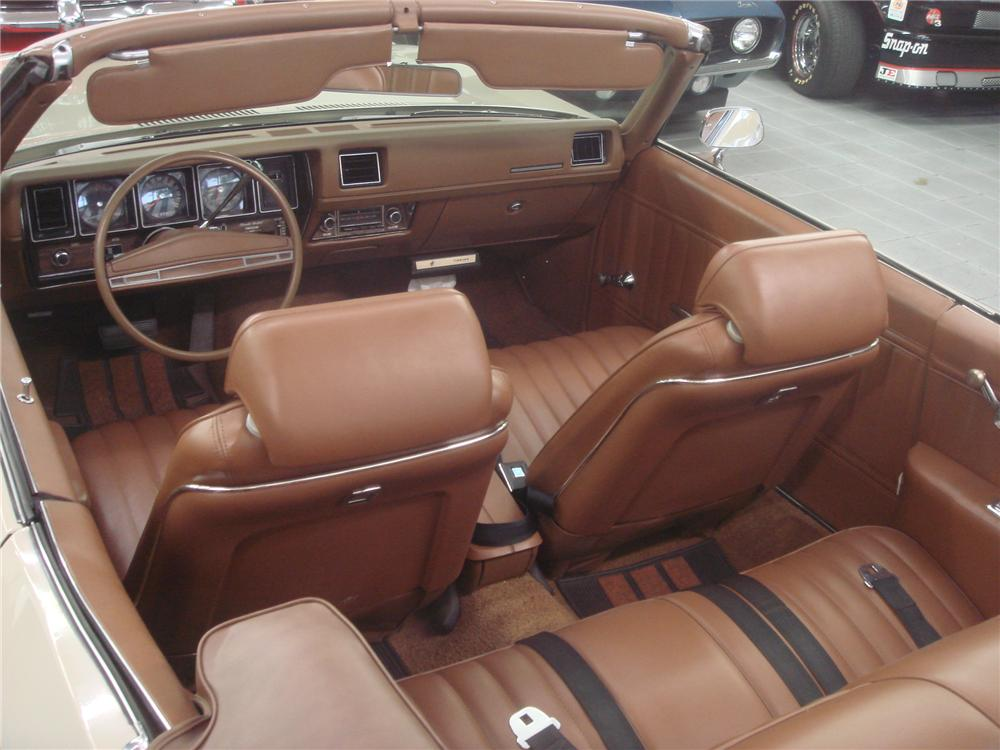 1971 BUICK SKYLARK CUSTOM CONVERTIBLE - Interior - 102673