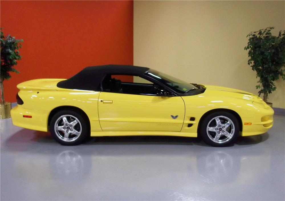 2002 PONTIAC FIREBIRD TRANS AM CONVERTIBLE - Side Profile - 102833
