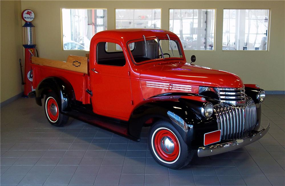1942 CHEVROLET CUSTOM PICKUP - Front 3/4 - 102853
