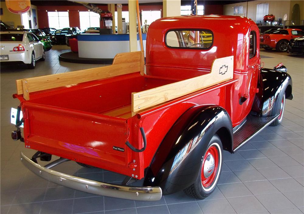 1942 CHEVROLET CUSTOM PICKUP - Rear 3/4 - 102853