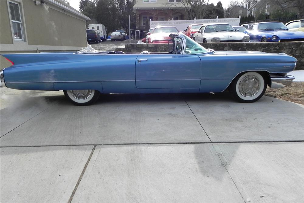 1960 CADILLAC SERIES 62 CONVERTIBLE - Side Profile - 102874