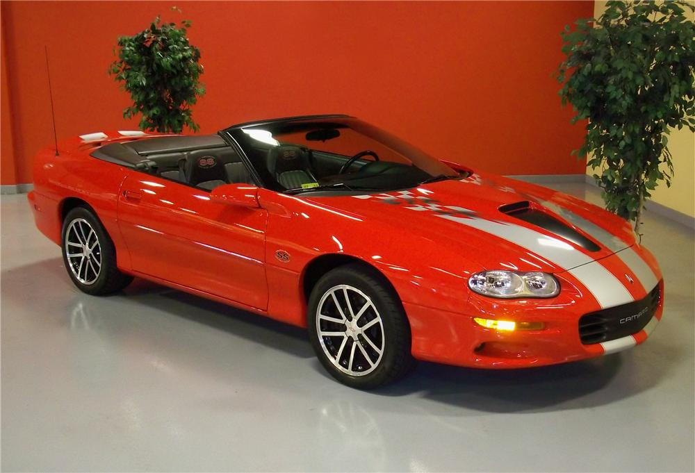 2002 CHEVROLET CAMARO SS 35TH ANNIVERSARY CONVERTIBLE - Front 3/4 - 102974