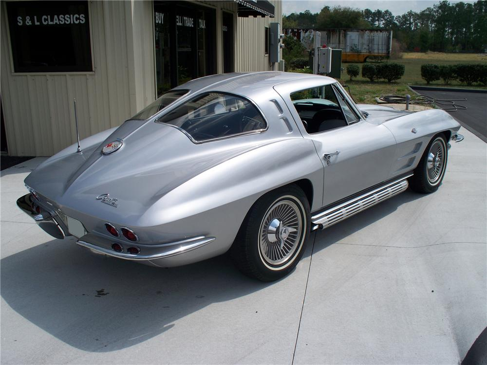 1963 CHEVROLET CORVETTE COUPE - Rear 3/4 - 103073