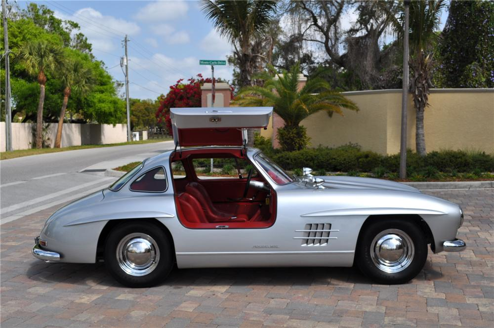 1955 GULLWING REPLICA - Side Profile - 103173