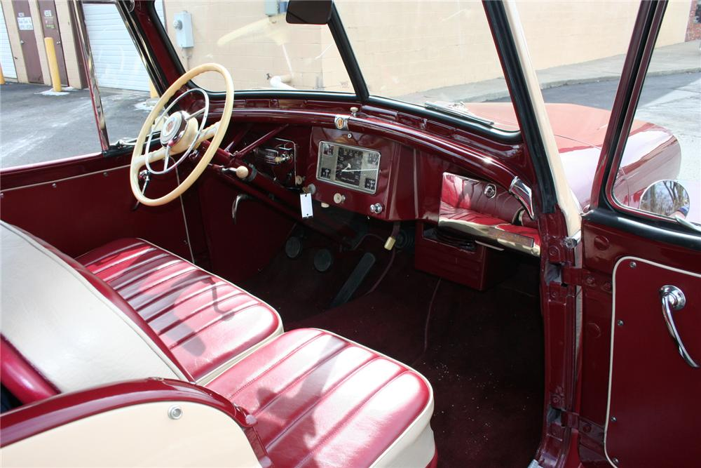 1949 WILLYS JEEPSTER CONVERTIBLE - Interior - 103413
