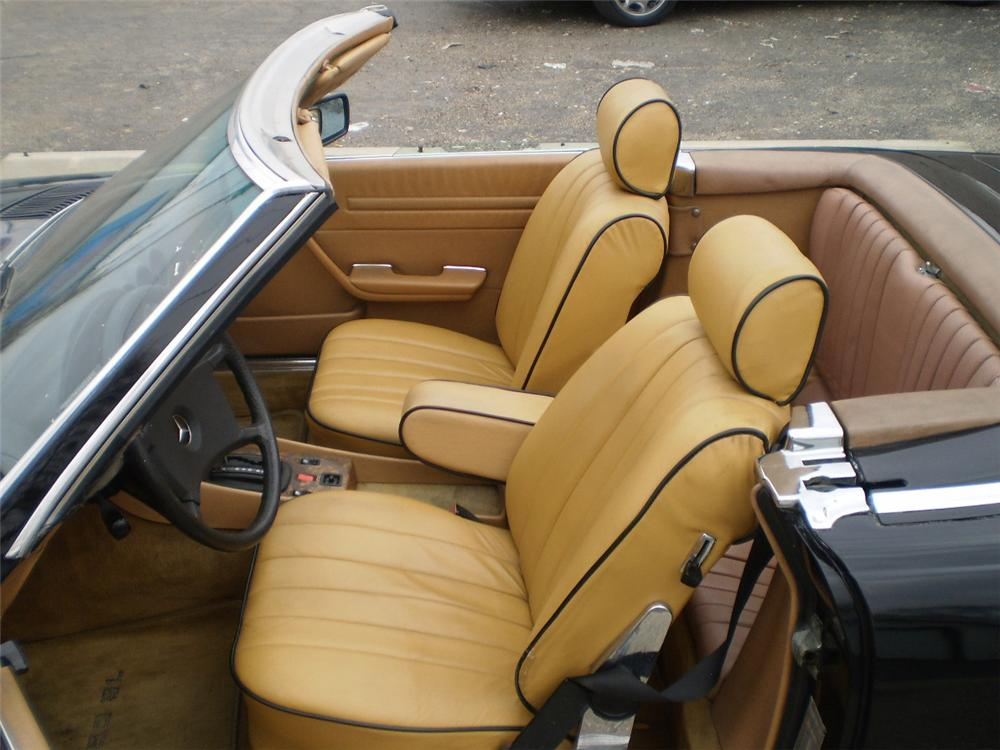 1985 MERCEDES-BENZ 560SL CONVERTIBLE - Interior - 103434