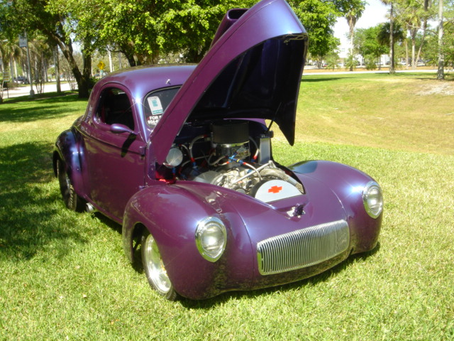 1940 WILLYS AMERICAR CUSTOM COUPE - Front 3/4 - 103914
