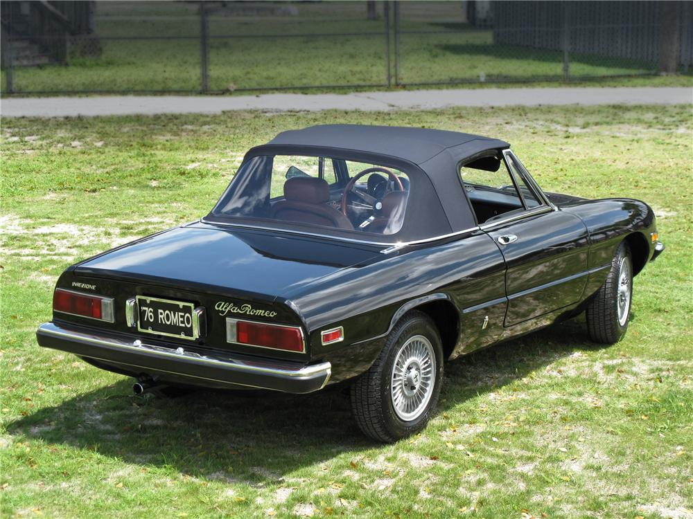 1976 ALFA ROMEO SPIDER CONVERTIBLE - Rear 3/4 - 104173