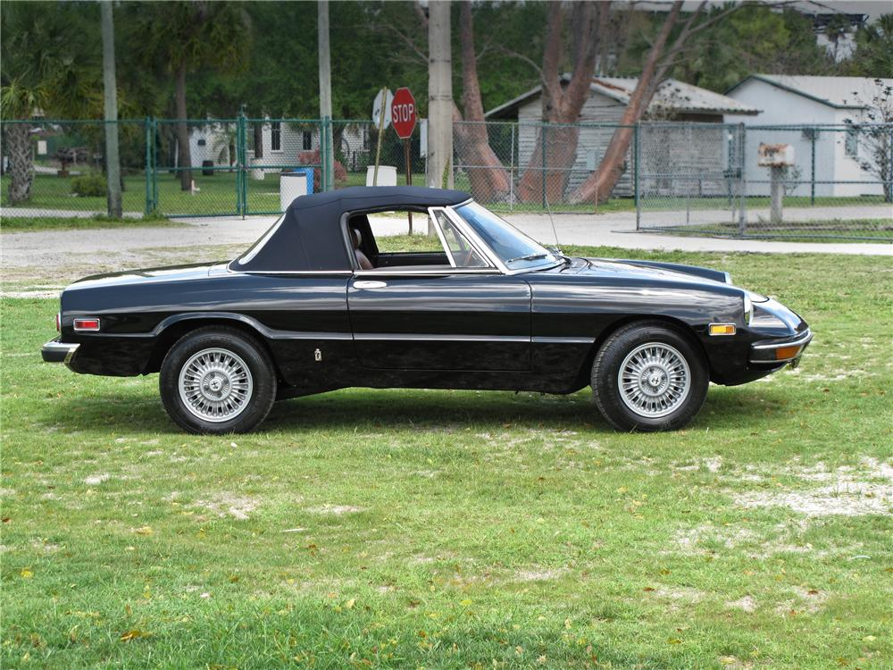 1976 ALFA ROMEO SPIDER CONVERTIBLE - Side Profile - 104173