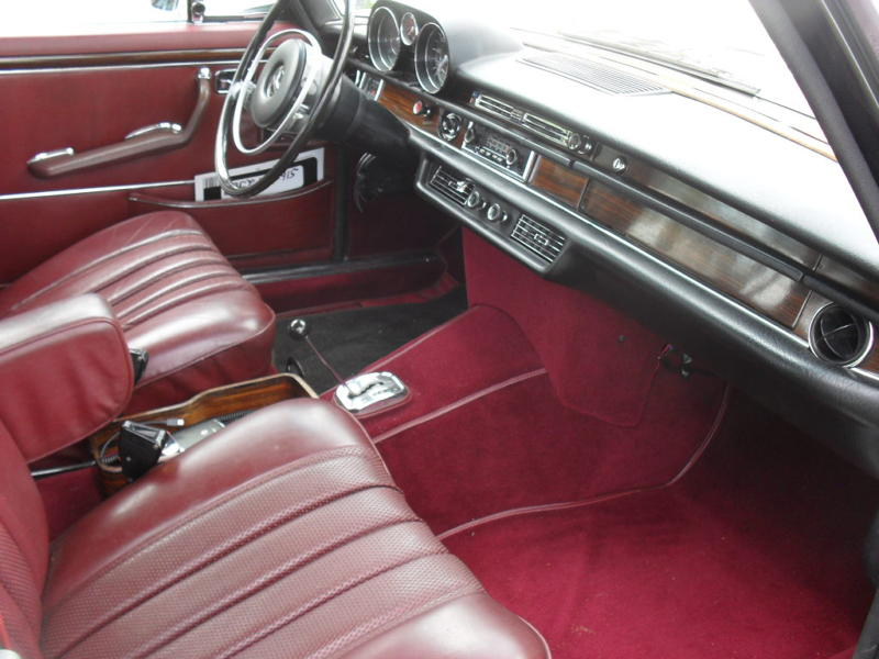 1969 MERCEDES-BENZ 300SEL SEDAN - Interior - 105296