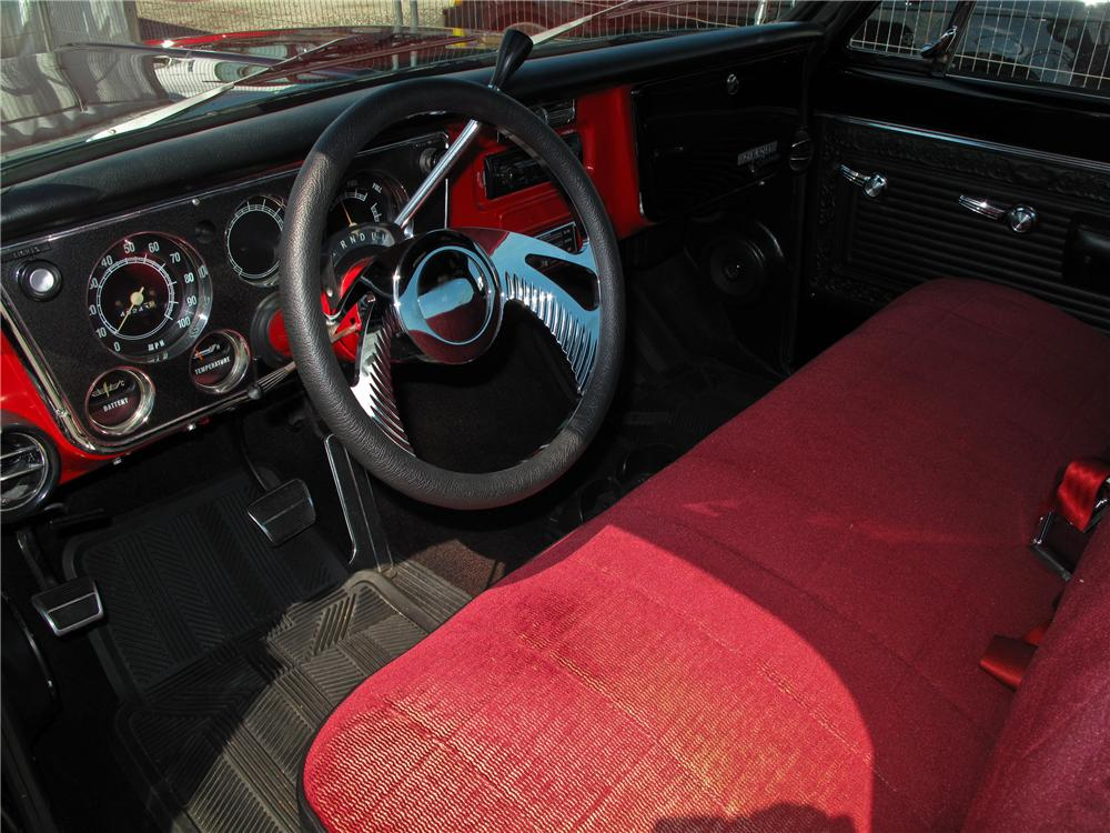 1970 CHEVROLET C-10 CUSTOM PICKUP - Interior - 107656