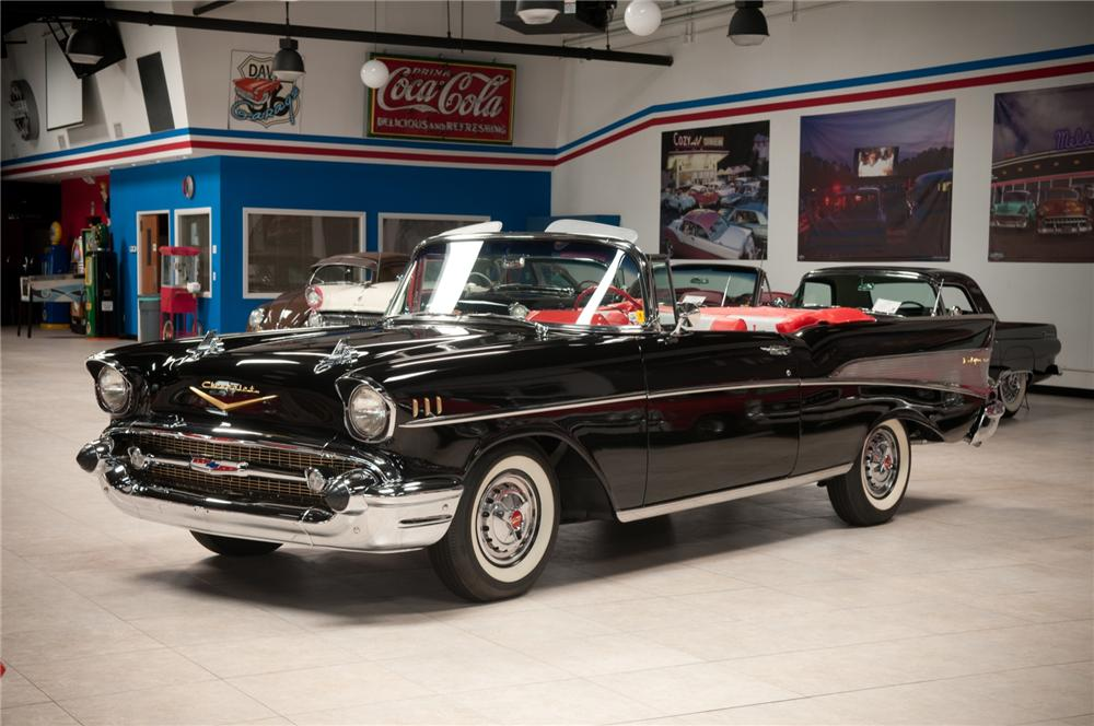 1957 CHEVROLET BEL AIR CONVERTIBLE - Front 3/4 - 108101