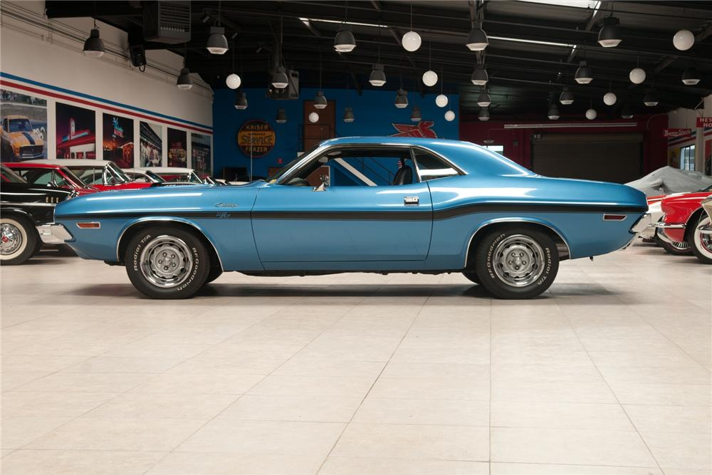 1970 DODGE HEMI CHALLENGER R/T 2 DOOR HARDTOP - Side Profile - 108103