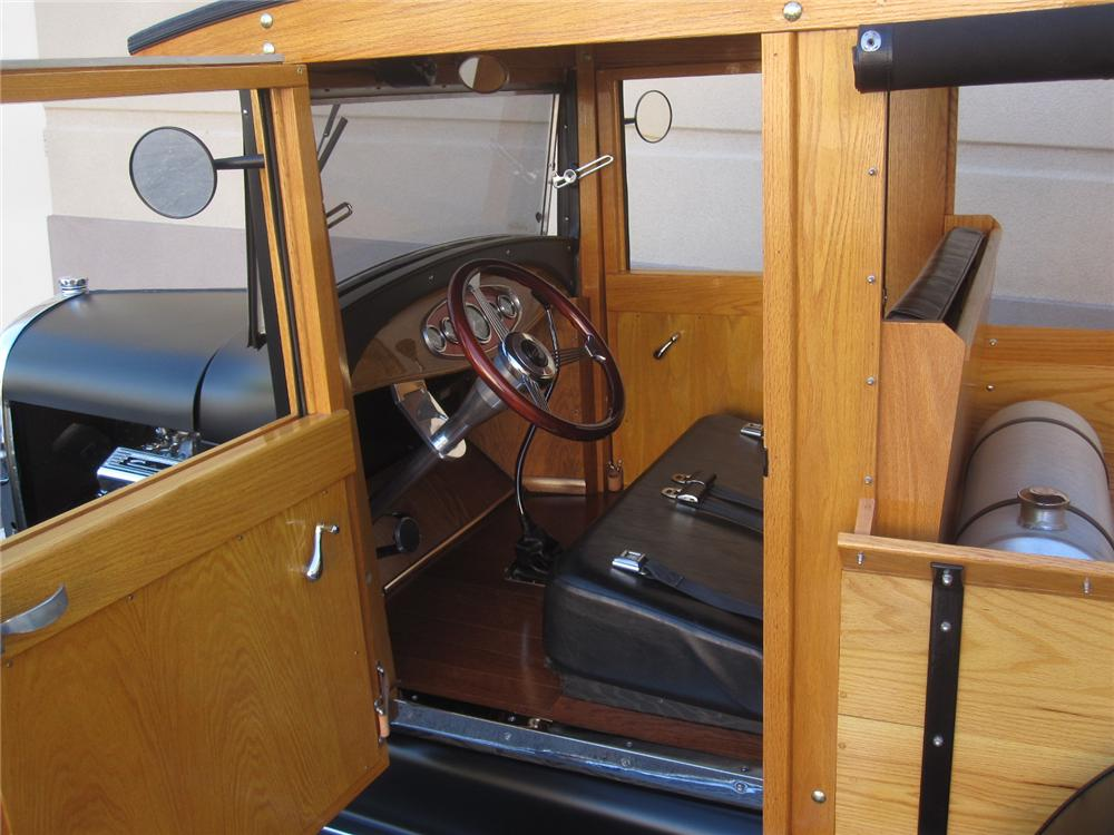 1929 FORD MODEL A HUCKSTER CUSTOM WOODY - Interior - 108140