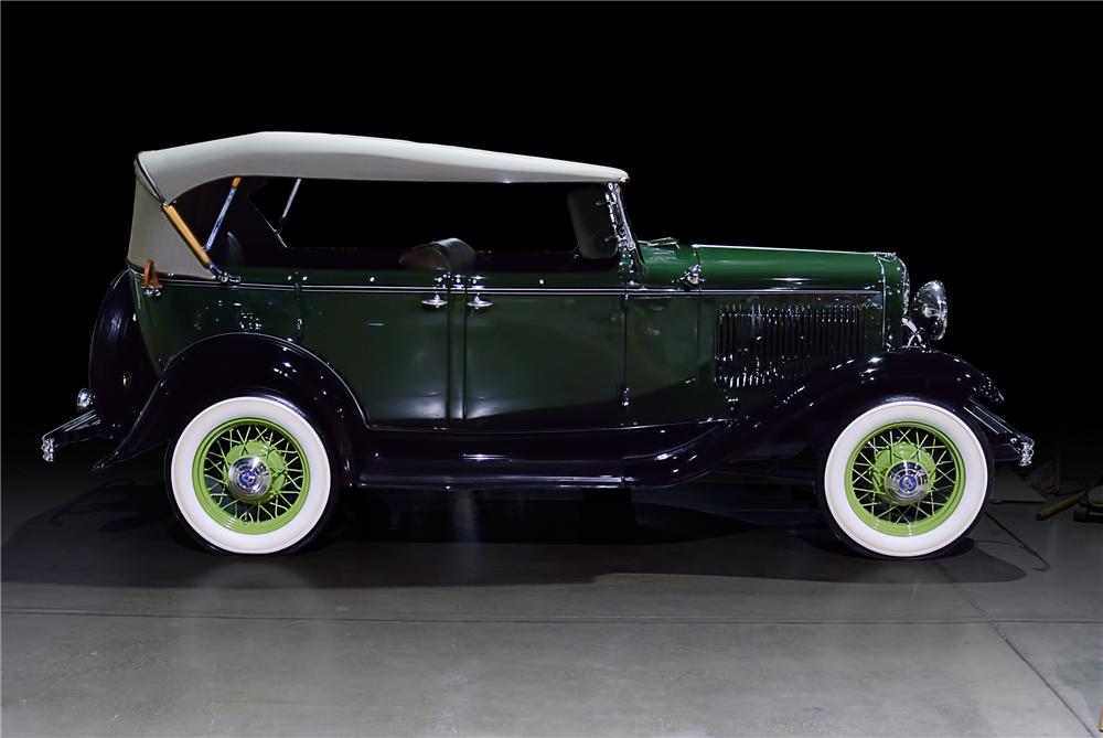 1932 FORD 18-750 PHAETON - Side Profile - 108143