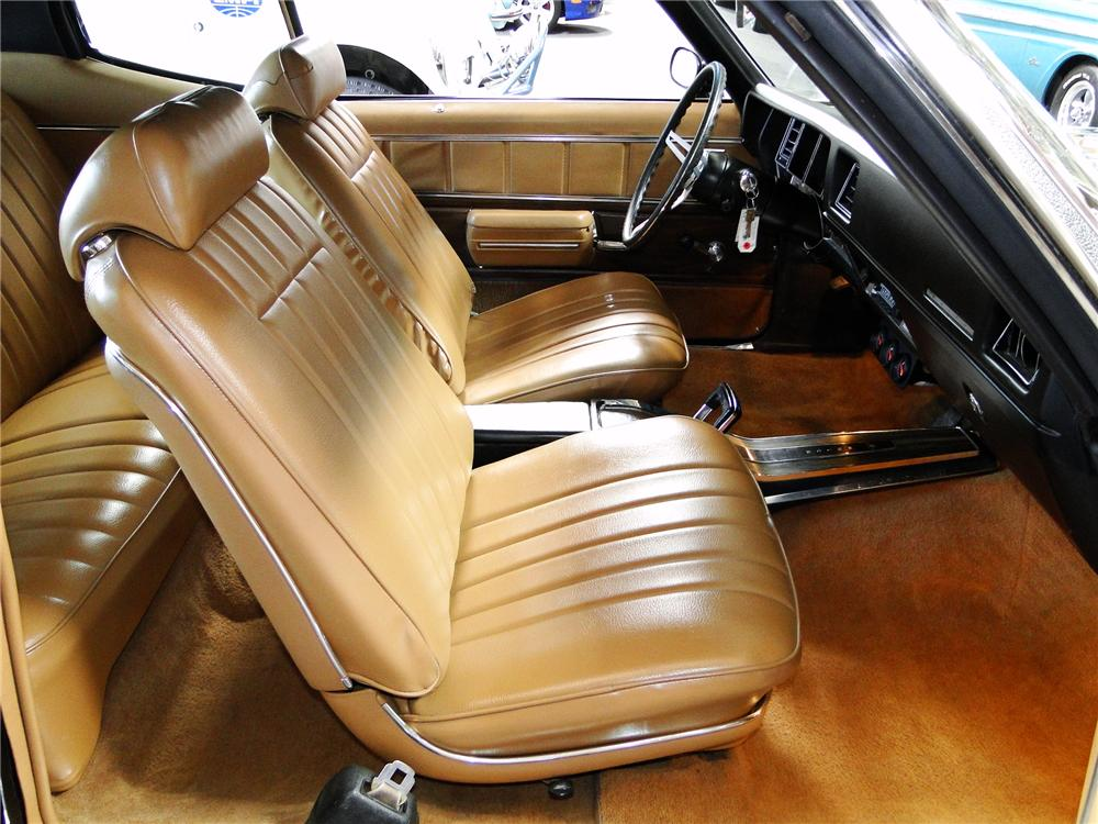 1972 BUICK GS455 COUPE - Interior - 108153