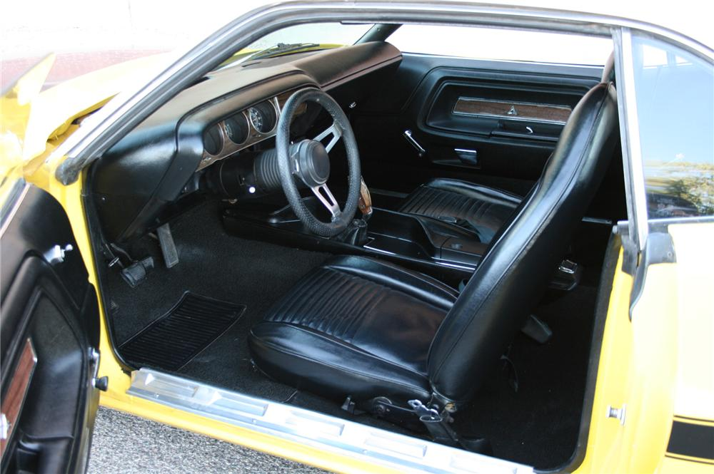 1970 DODGE CHALLENGER 2 DOOR CUSTOM COUPE - Interior - 108178
