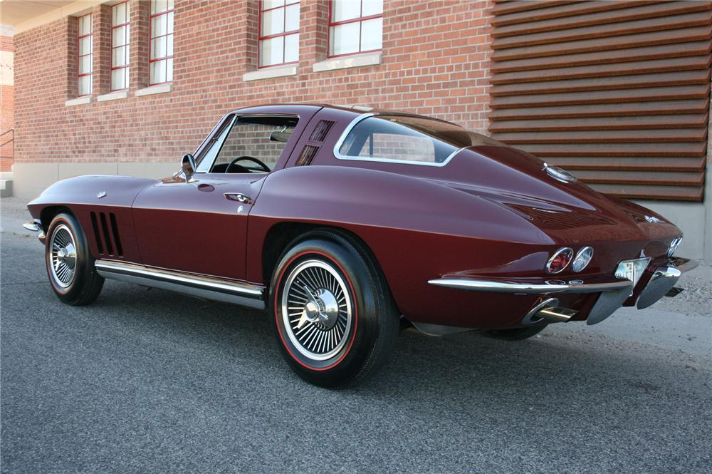 1965 CHEVROLET CORVETTE 2 DOOR COUPE - Rear 3/4 - 108181