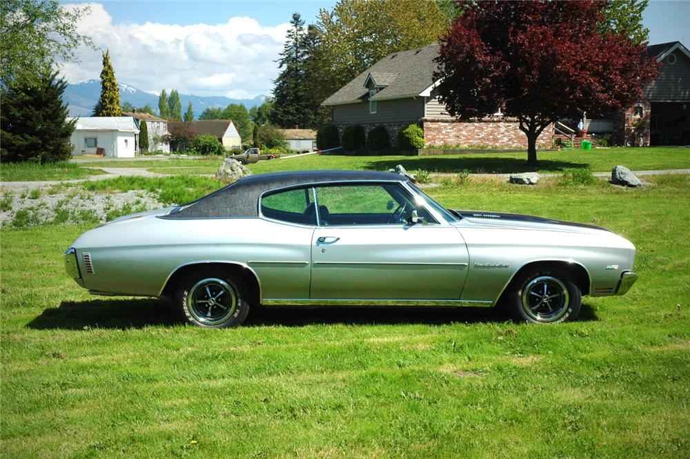 1970 CHEVROLET CHEVELLE 2 DOOR HARDTOP - Side Profile - 108191