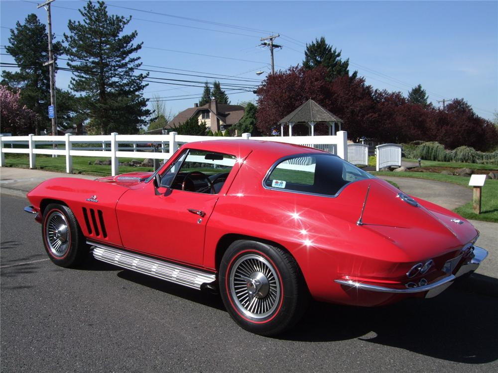 1966 CHEVROLET CORVETTE 2 DOOR COUPE - Rear 3/4 - 108199