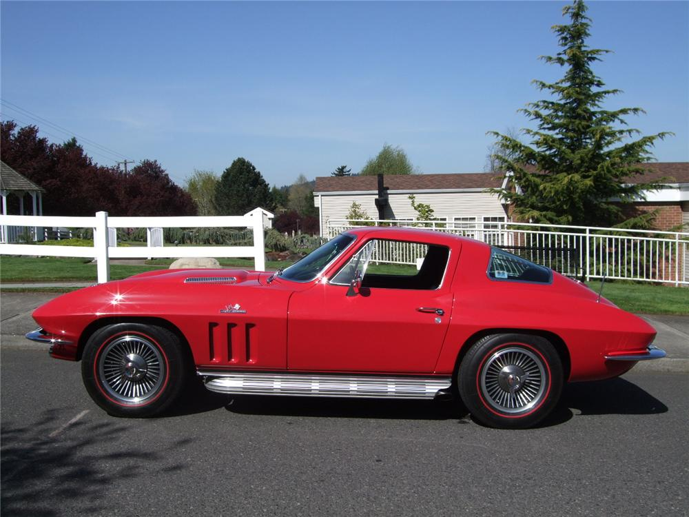 1966 CHEVROLET CORVETTE 2 DOOR COUPE - Side Profile - 108199