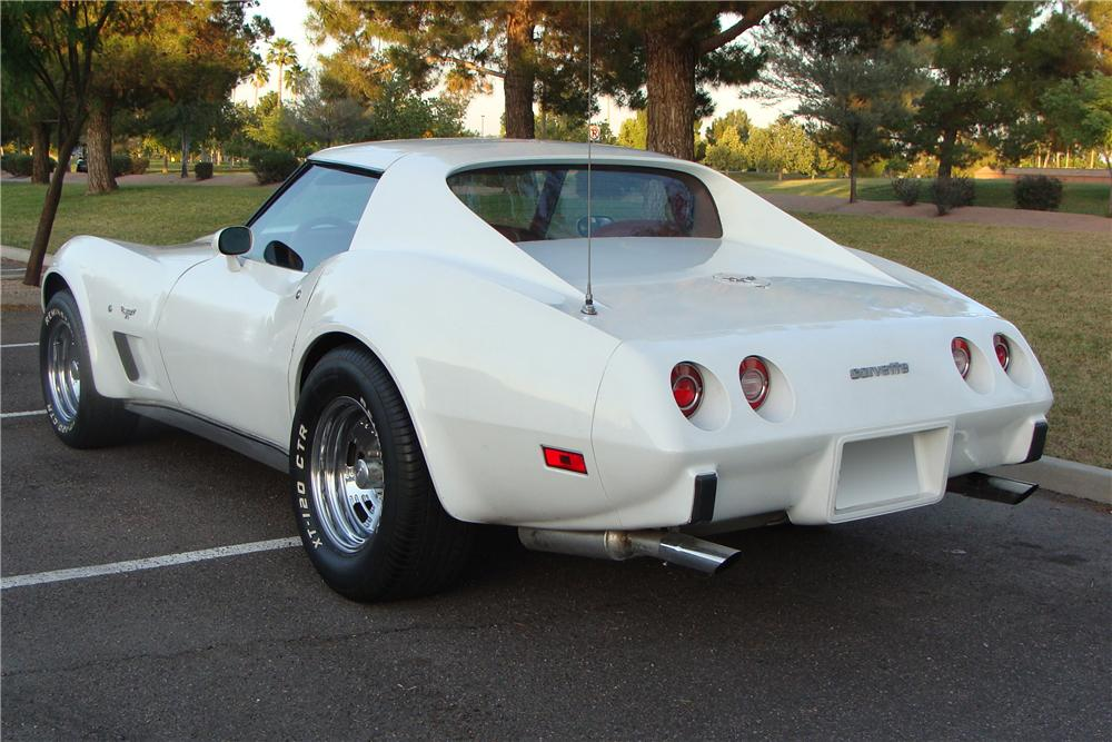 1977 CHEVROLET CORVETTE COUPE - Rear 3/4 - 108213