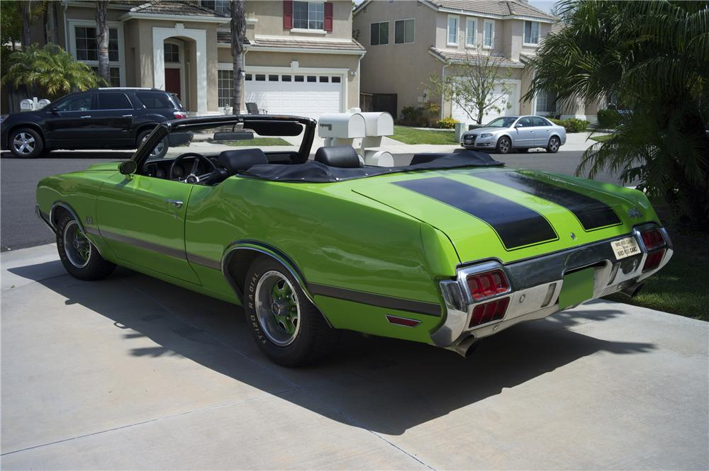 1972 OLDSMOBILE 442 CONVERTIBLE - Rear 3/4 - 108219